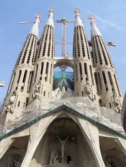 Photo of Barcelona Barcelona Hop-on Hop Off Tour: North to South Route Segrada Familia