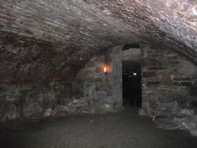 an eerie tour of the old town in edinburgh Explore edinburgh's grim and ghoulish history with a storyteller-guide uncover the secrets that lie beneath the city's old stone streets shiver with fear in the haunted blair street underground vaults savor a dram of scotch whisky in the eerie megget's cellar fans of the paranormal will be .