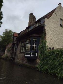 As part of the Day Trip package, a boat trip on the canals availed you to amazing sites and landmarks unavailable from the street. , Peggy L D - August 2015