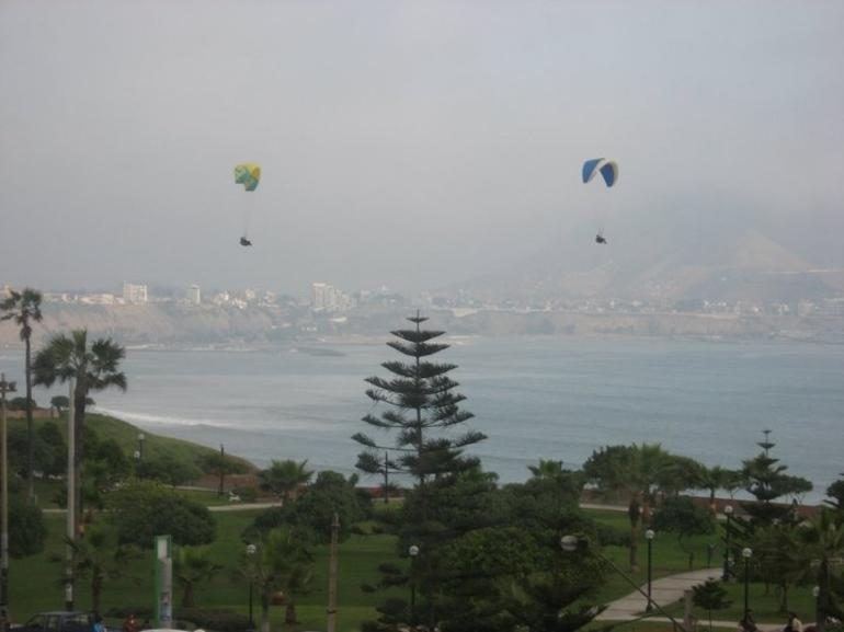 Beautiful View of Paragliders - Lima