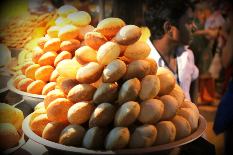 Another food stall along Delhi
