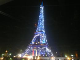 Photo of Paris Private Tour: Romantic Seine River Cruise, Dinner and Illuminations Tour Illuminated Tower