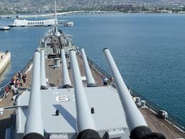Photo of Oahu USS Missouri, Arizona Memorial, Pearl Harbor and Punchbowl Day Tour Infamous 16 inch guns