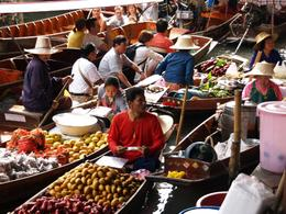 Photo of Bangkok Floating Markets of Damnoen Saduak Cruise Day Trip from Bangkok So many choices!