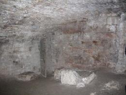 Photo of Edinburgh Underground Vaults Walking Tour in Edinburgh vault 003