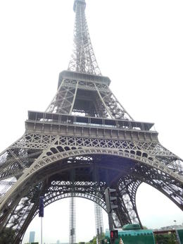 Eiffel Tower , Nidale T - June 2014