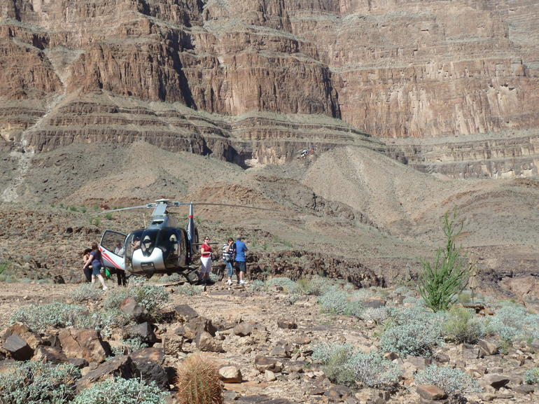 Landing in the Grand Canyon - Las Vegas