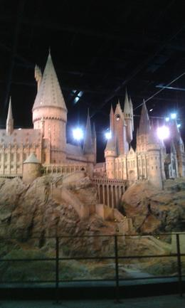 Photo of London Warner Bros. Studio Tour London - The Making of Harry Potter Maquete de Hogwarts