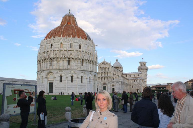 Leaning Tower of Pisa day trip from Florence -