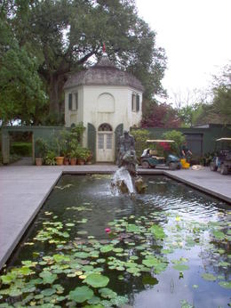 Photo of New Orleans Small-Group Louisiana Plantations Tour from New Orleans Bachelor Quarters / Houmas House