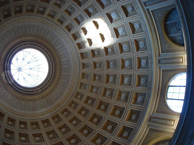 Ceiling based on Pantheon - Rome