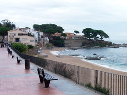 This is the last stop on the tour, Calella de Palafrugell. This was on our way back from the restaurant to meet the tour group so that we can head back to Barcelona. This are was one of the most ... , Iman M - October 2015