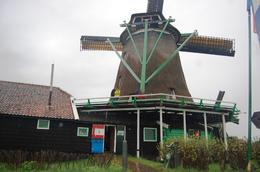 Photo of Amsterdam Amsterdam Super Saver: Zaanse Schans Windmills, Volendam and Marken Half-Day Tour plus Keukenhof Gardens Tour Zaanse Schans Windmills
