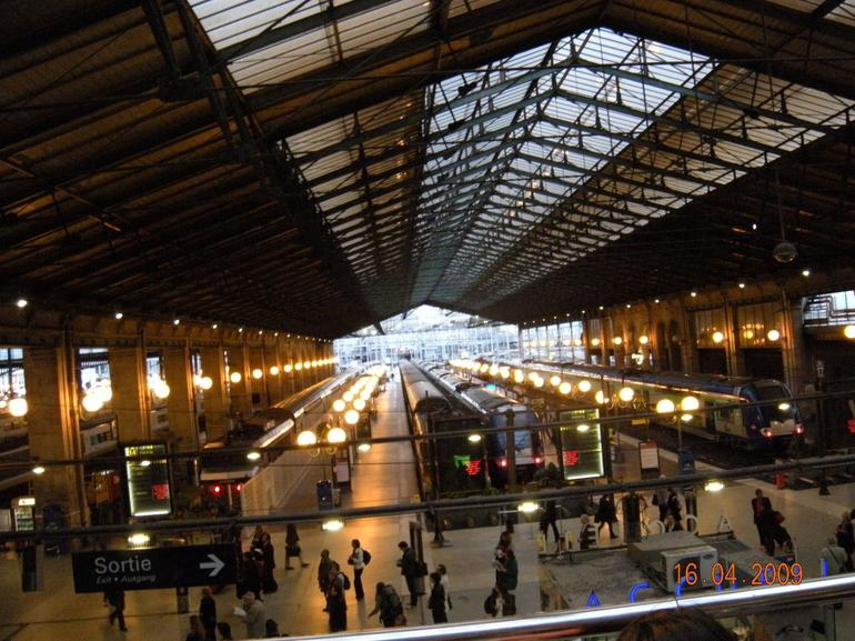 Gare Du Nord train station, Paris France - Paris