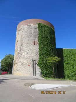 Driving overview of medieval city walls and towers , John M - June 2016