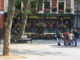 Photo of London Vintage Double Decker London Tour with Thames Cruise The Sherlock Holmes Pub