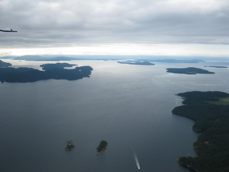 Fly over to Victoria for the day and the tavel back on the BC Ferry.