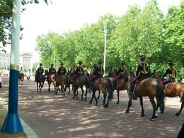 Photo of London Vintage Double Decker London Tour with Thames Cruise Horse Guards Parade