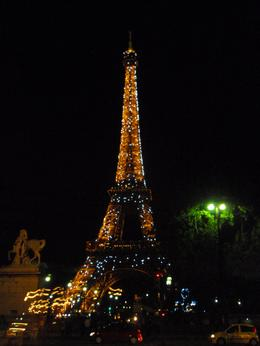 photo of the eiffel tower , nilknarf k - July 2011