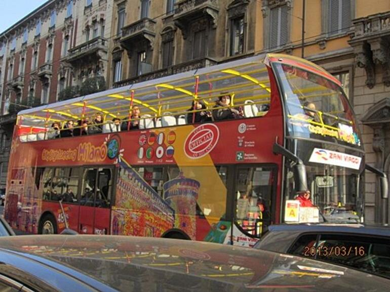 Hop on and Hop Off - Milan