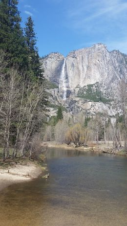 Photo of San Francisco Yosemite National Park and Giant Sequoias Trip Waterfall.