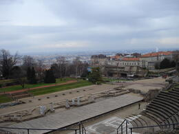 Lyon Amphitheatre, Cat - January 2012