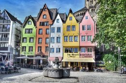The beautiful and colorful gabled shop buildings in fischmarkt square. , David Lally - September 2015