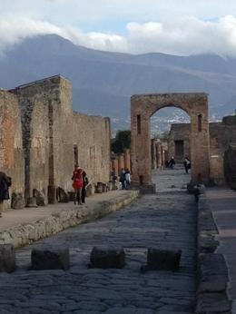 Pompeii gives you an incredible idea of the life of people in the Roman empire , Hans W - April 2013