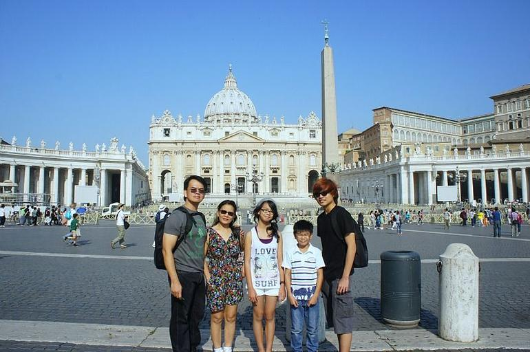 My family photo before start of the guided tour. - Rome