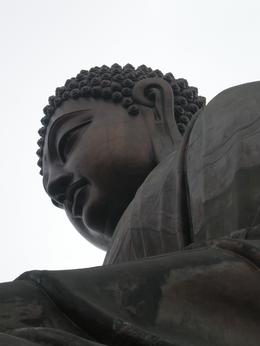 Looking up at the giant sitting Buddha, Emma R - March 2009