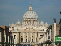 St Peter's Square with Basilica., Dean Glavas - May 2008