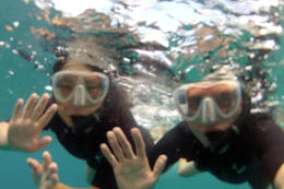 Hello from underwater!, Jules & Brock - September 2012