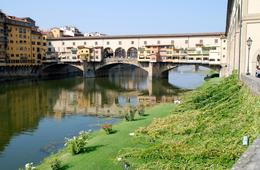 Photo of Florence Florence City Hop-on Hop-off Tour Beautiful Bridge