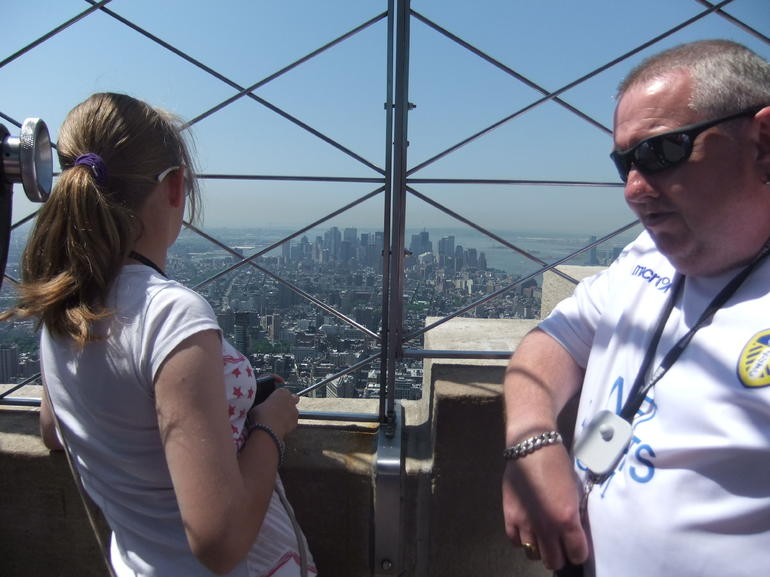 Scorching day at the top of the ESB - New York City