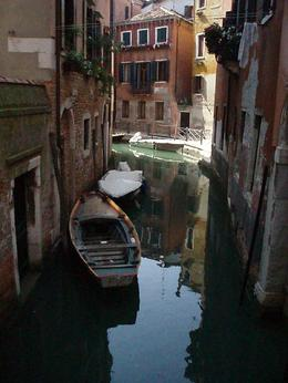 A quiet spot in Venice, Heather T - June 2009