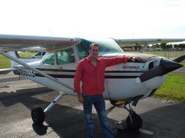 Next to the plane, ready for the tour!, Arnaldo josé C - October 2009