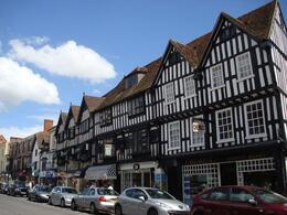 A street in Stratford Upon-Avon with the pretty Tudor houses. - July 2008