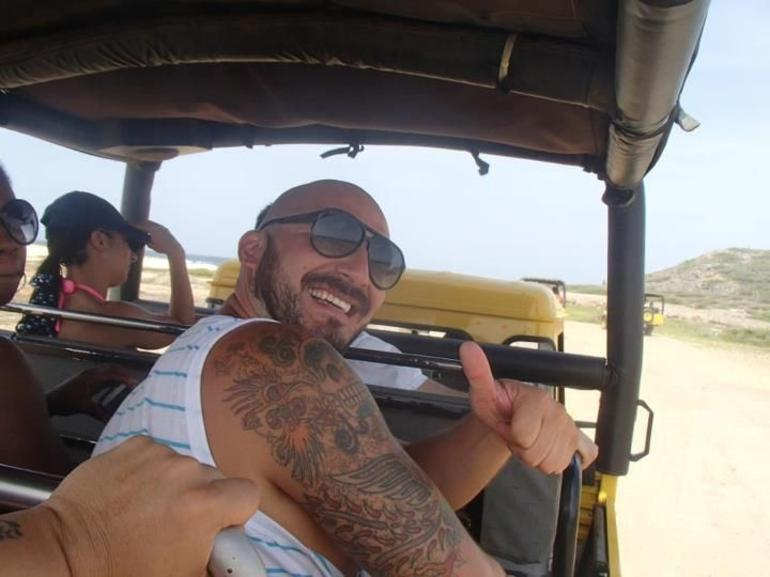 thumbs up this tour is great! - Aruba
