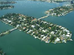Miami island neighborhoods, Arnaldo josé C - October 2009