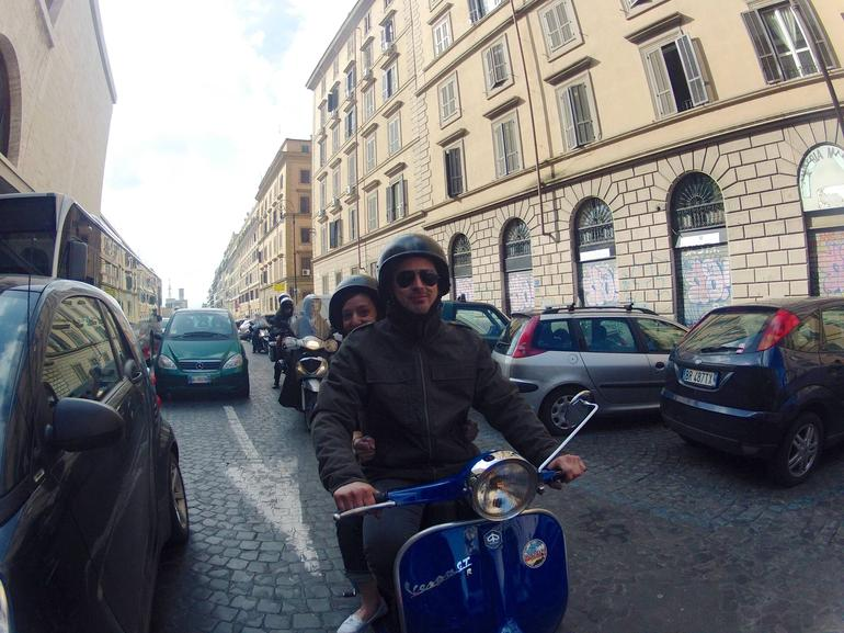 Rome Vespa Tour: Off the Beaten Path - Rome
