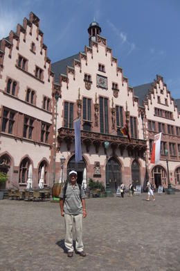 Mario in front of the Old Town Hall during Frankfurt City Tour , Mario S - July 2014