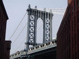 Photo of New York City Best of Brooklyn Sightseeing, Food and Culture Tour The Mighty Manhattan Bridge