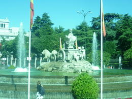 Photo of Madrid Madrid Combo: City Sightseeing and Skip-the-Line Prado Museum Tour A beautiful fountain