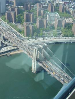 Foto von New York City Manhattan Sky Tour: New York - Helikopter Rundflug Brooklyn Bridge