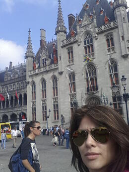 Photo of Amsterdam Bruges Day Trip from Amsterdam Caminando por Brujas