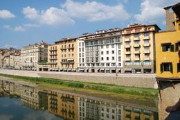 Photo of Florence Florence City Hop-on Hop-off Tour Houses on Arno River