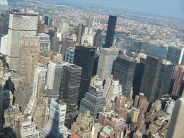 The view from the top of the Empire State Building (ESB) makes NYC look like a toy city., Igor J - September 2009