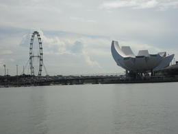 Modern attractions in the Singapore Harbour , foxylady - November 2011