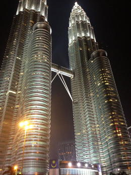Night life at the twin towers. , Dwsewell1 - September 2013