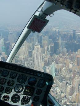 Foto von New York City Manhattan Sky Tour: New York - Helikopter Rundflug Empire State Building from Helicopter